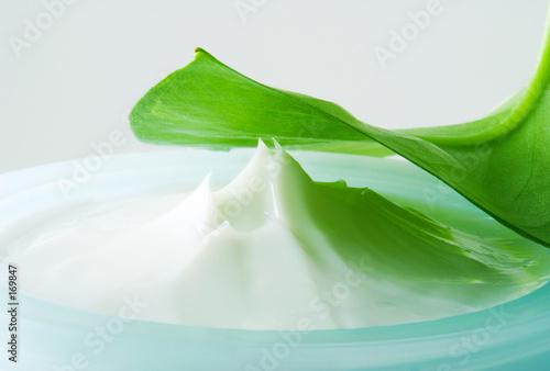 Fotografie, Obraz  close-up of a facial cream (2)