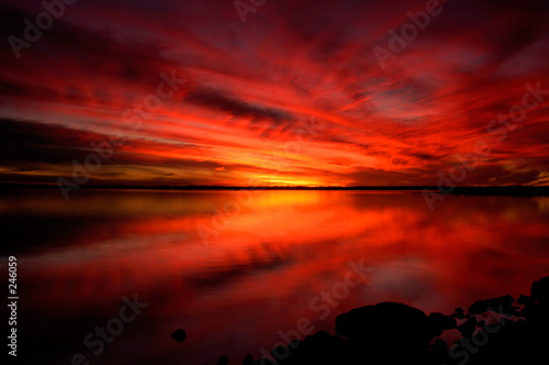 Fotobehang Rood paars nature - fiery sunset