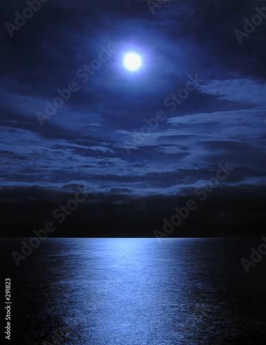 Photo moonlight