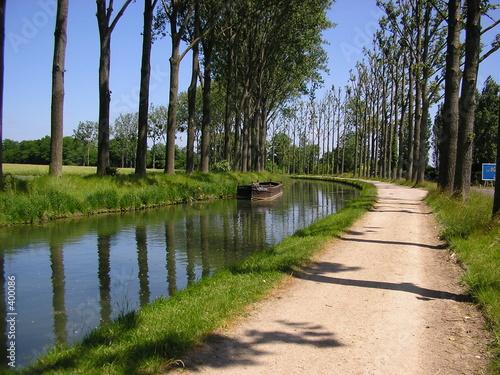 Fotografija canal de l'ourcq
