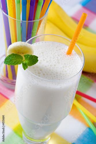 Staande foto Milkshake banana milkshake
