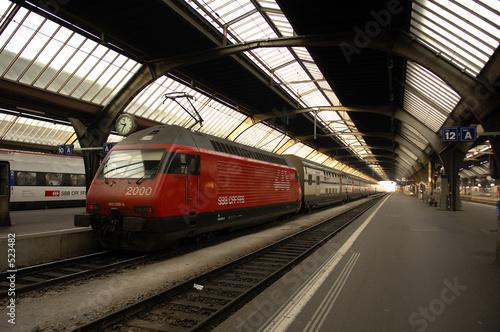 Photo Stands Train Station switzerland, zurich: railway station
