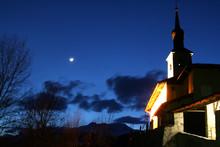 Nuit Montagne Eglise