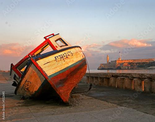 Poster Havana boat beached