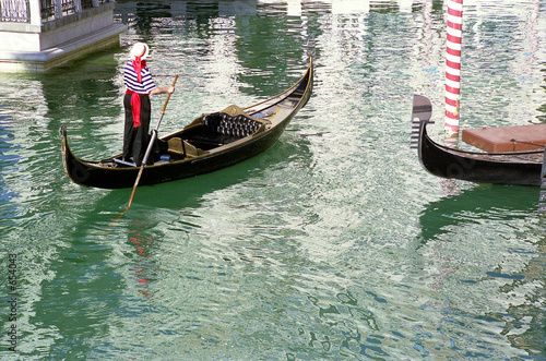Tablou Canvas gondolas and gondolier