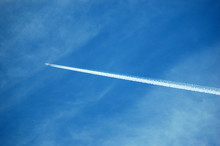 Airplane Contrails