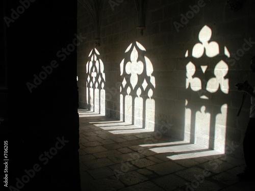Photo ombre et lumière dans abbaye