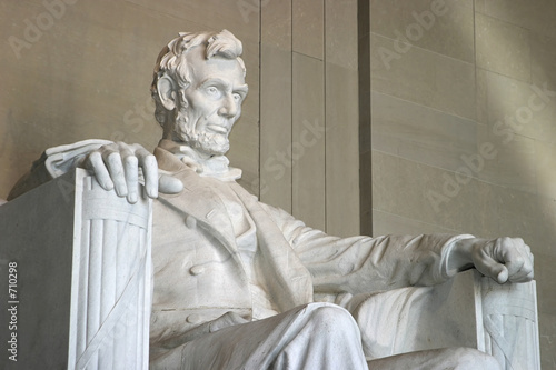 Fotografie, Obraz  lincoln memorial (right side close-up)