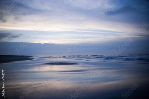 In de dag Donkerblauw am strand von juist