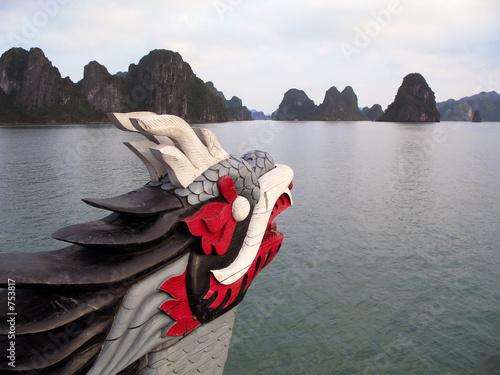 Fotografie, Tablou dragon figurehead on halong bay