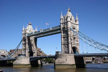 Fototapeta na wymiar tower bridge, uk