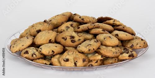 Tuinposter Koekjes tray of chocolate chip cookies