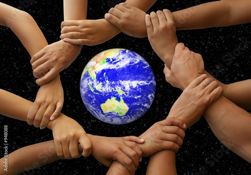 Nowoczesny obraz na płótnie hands framing the earth