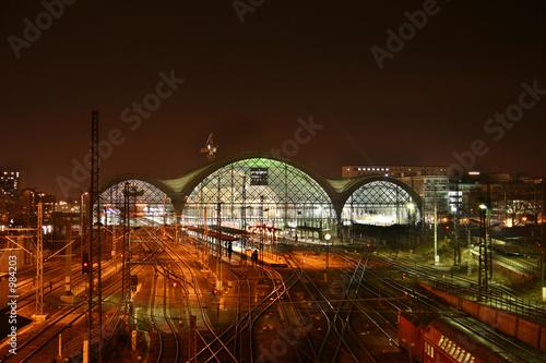 Foto auf AluDibond Bahnhof hauptbahnhof in dresden