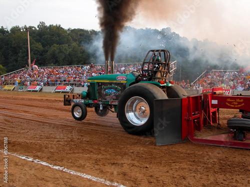 tractor pull contestant
