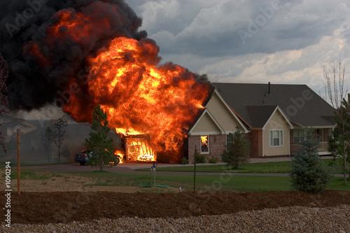Fotografie, Obraz  house fire 2