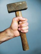 Hand Und Hammer