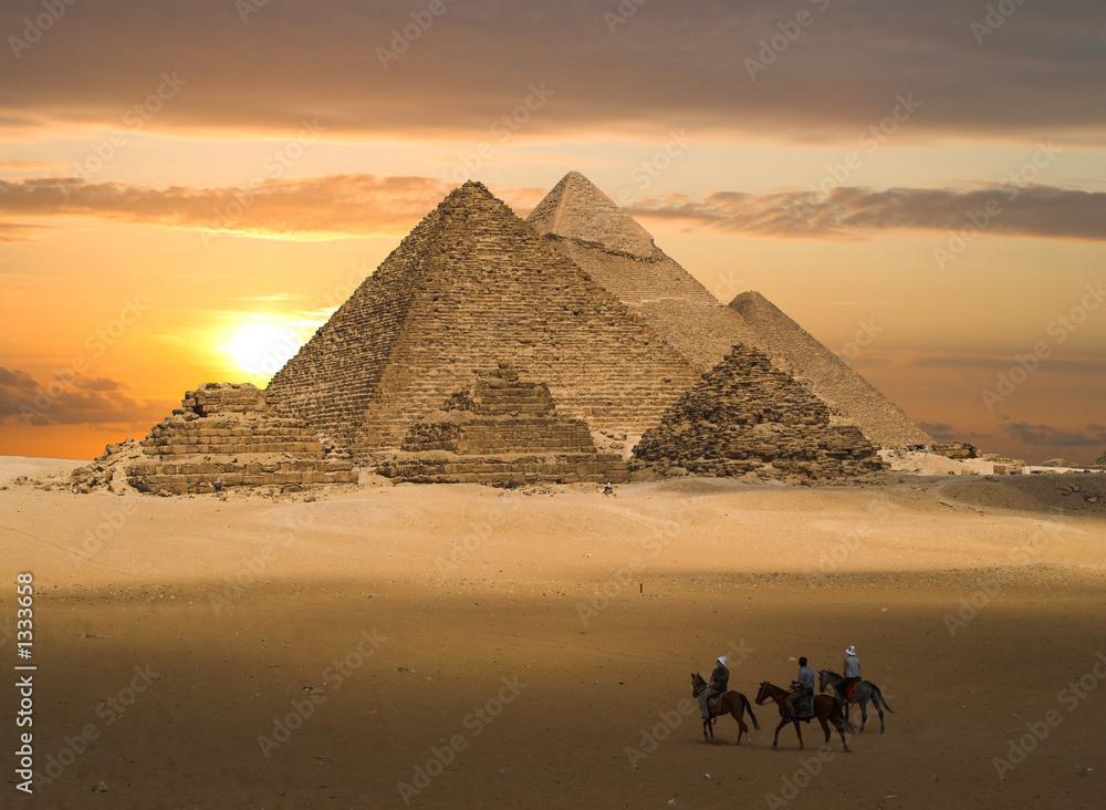 Leinwandbild Motiv - Windowseat : pyramids fantasy
