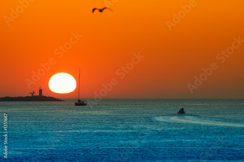Valokuva  sunset in the harbor