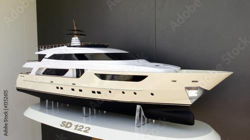 sd122 yacht
