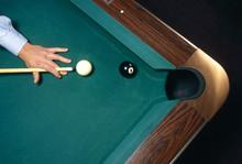 Shooting The 8 Ball To Win