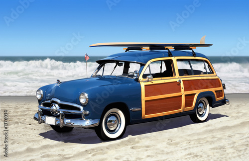 Photo  woodie on the beach
