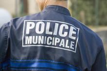 Policier De Dos