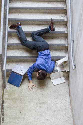 Obraz man falling down stairs - fototapety do salonu