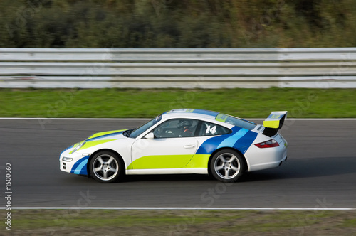 Deurstickers Snelle auto s racing on circuit