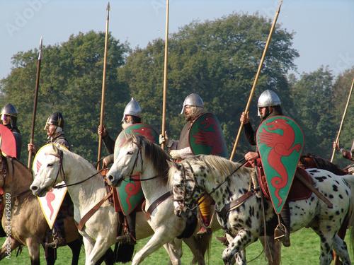 Photo norman knights on horseback