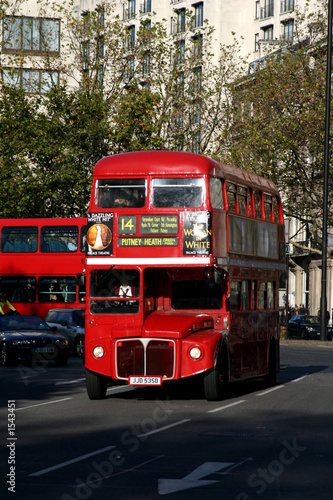 Poster Rouge, noir, blanc london red bus