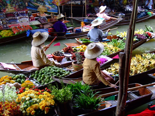 Foto op Canvas Bangkok floating market in bangkok2