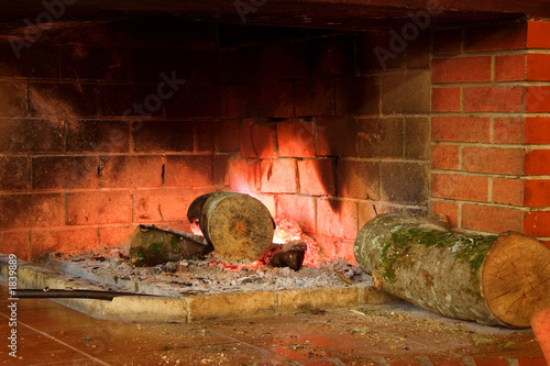 Aluminium Prints Old abandoned buildings fireplace