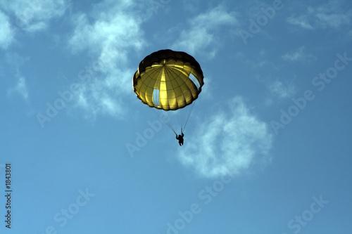 Photo  paratrooper