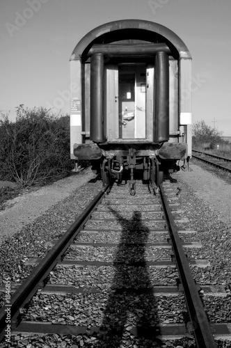 Zug alexander analyse ist abgefahren der Der Zug