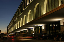 Station - Traffic Blur