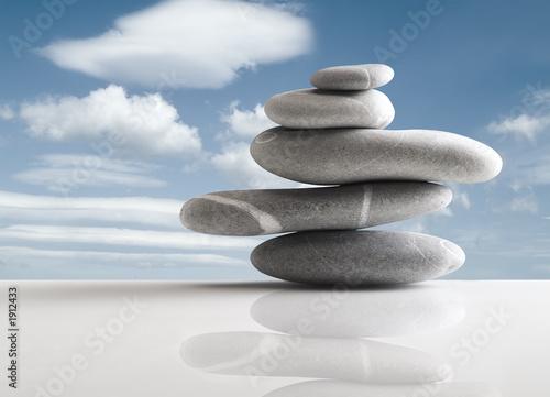 Akustikstoff - pile of five stones