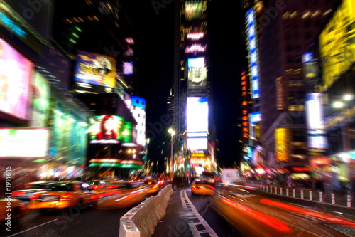 Staande foto New York TAXI time square at night in manhattan