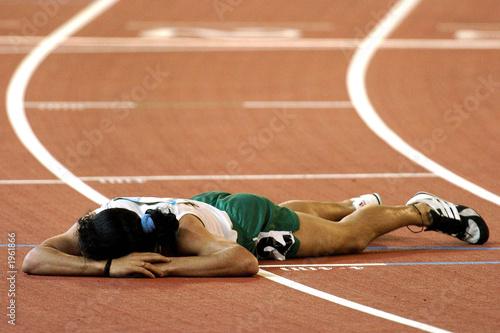 Fotografía  exhausted runner