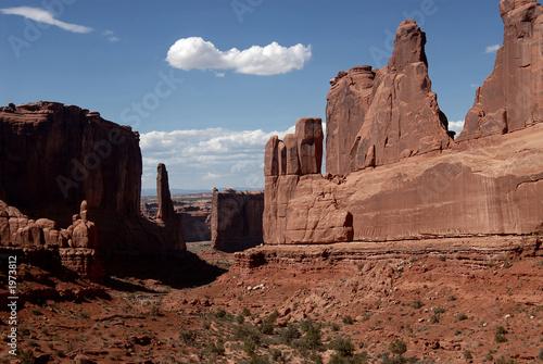 Foto park avenue at arches national park, arizona