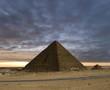 Leinwandbild Motiv the pyramids new day