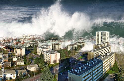 Photo raz de marée sur la ville