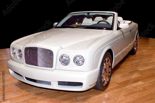 Naklejka premium luksusowy kabriolet