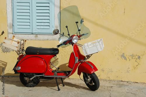 Fotomural  red vespa