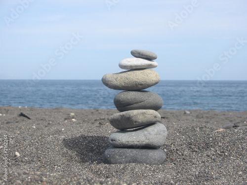 Poster Zen pierres a sable pile de cailloux zen