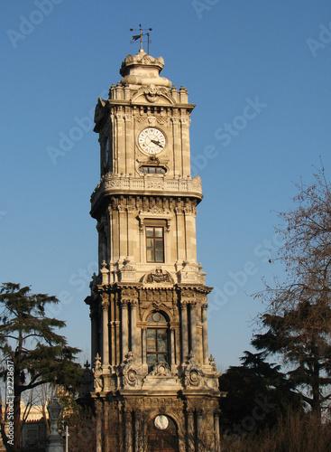 Foto auf Gartenposter Türkei dolmabahce clock tower
