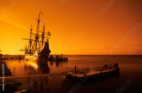 Foto op Canvas Schip old ship