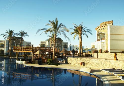 In de dag Cyprus swimming-pool in hotel