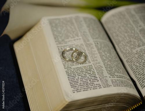 Photo biblical love