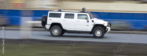 Leinwand Poster hummer suv car driving fast, rushing forward